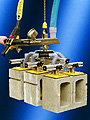 ANVER Vacuum-Hoist Lifter Lifts Multiple Concrete Blocks