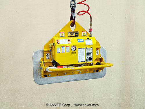 ANVER Air Powered Single Foam Pad Lifter with Manual Gravity Tilt for Lifting Stone Blocks up to 1000 lb (454 Kg)