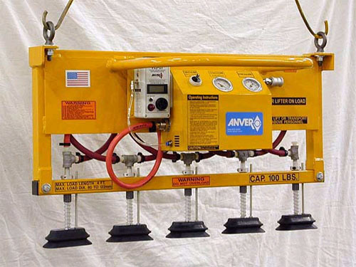 ANVER Compressed Air Powered Vacuum Lifter with Oval Vacuum Pad Attachments for Lifting Glass Tubes weighing up to 100 lb (45 kg)