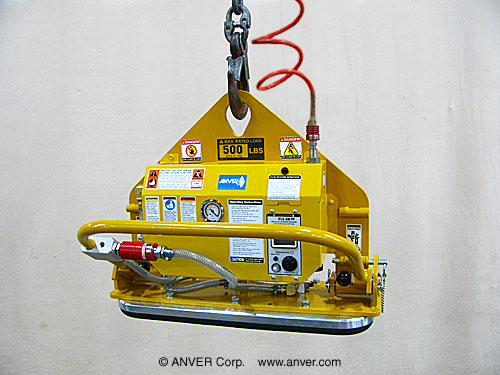 ANVER Single Pad Air Powered Vacuum Lifter with Gravity Tilt and Foam Pad for Lifting Stone Slabs up to 500 lb (227 kg)