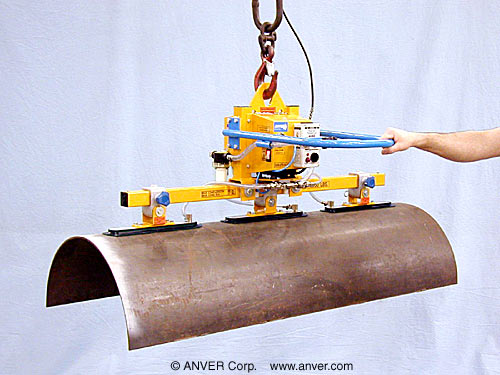 "ANVER Three Pad Electric Powered Vacuum Lifter with Oval Cups for Lifting Aluminum Fuel Tanks 27"" Diameter up to 100 lb (45 kg)"