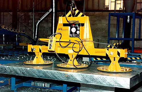 ANVER Three Pad Electric Powered Heavy Duty Vacuum Lifter