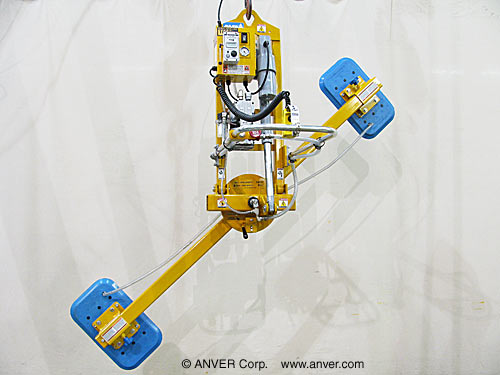 ANVER Electric Powered Vacuum Lifter with Powered Tilt and Manual Rotate for Lifting, Tilting & Rotating Box Truck Door Panels 12 ft x 6 ft (3.7 m x 1.8 m) up to 1000 lbs (454 kg)