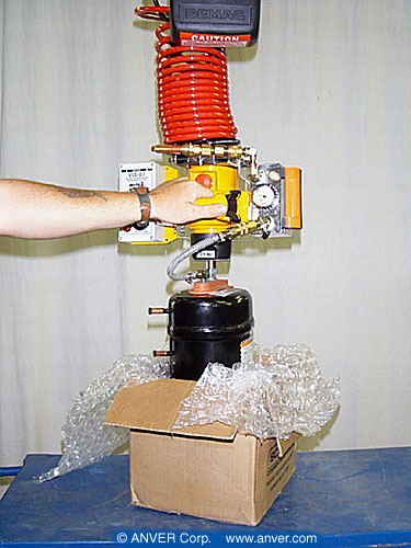 ANVER VM Series Air Powered Hoist Integrated Lifter with Oval Pad Attachment